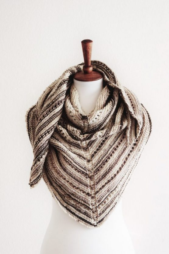 easy knit triangle shawl pattern